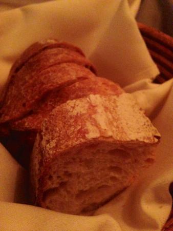 Kokkari Estiatorio: Complimentary bread