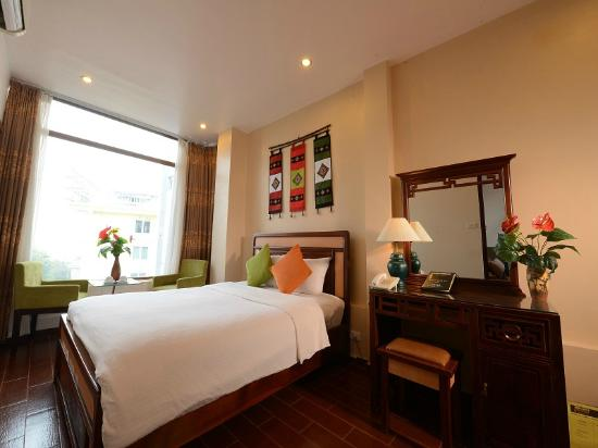 Photo of Artisan Lakeview Hotel Hanoi