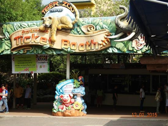 Notice Board @ Sriracha Tiger Zoo - Picture of Sriracha Tiger Zoo, Chonburi -...
