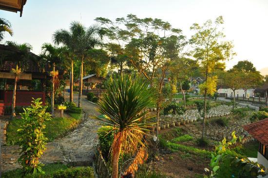 Saung Sari Kahuripan