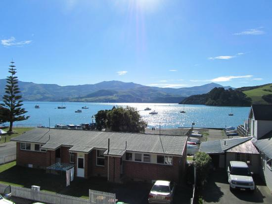 Akaroa Criterion Motel: View from our balcony on arrival