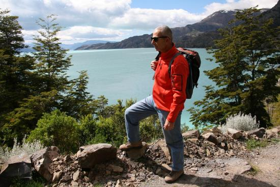 Lodge Robinson Crusoe Deep Patagonia: Lake in Villa O'Higgins