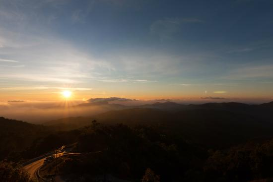 Doi Inthanon National Park, Thailand: Sunrise over Doi Inthanon