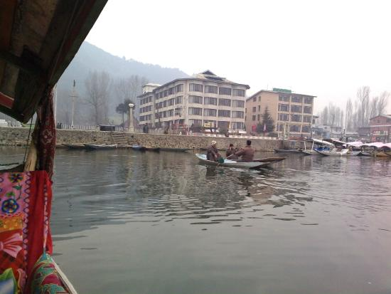 Welcome Hotel Srinagar View From Dal Lake