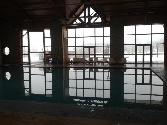 Michlifen Ifrane Suites & Spa: indoor pool