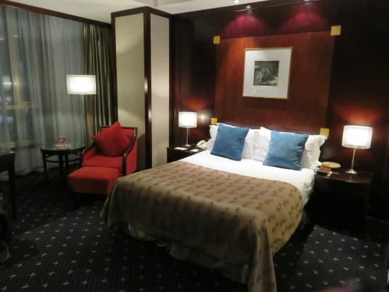 The Bund Hotel: Room