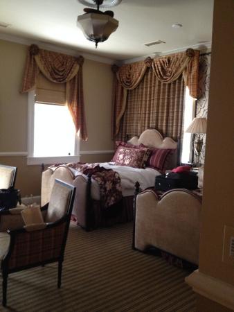 The Vendue Charleston's Art Hotel: Beautiful room