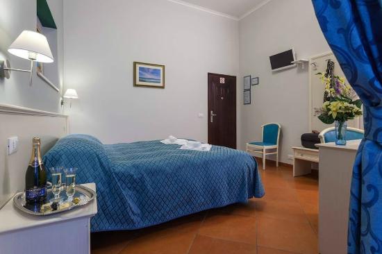 Ottaviano Guest House: Camera matrimoniale