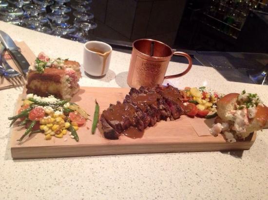 Earls: Steak & peppercorn sauce! Prawn & lobster rolls! AMAZING ��