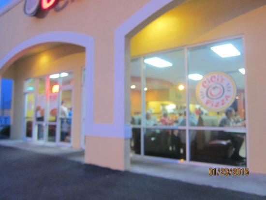 CiCi's Pizza: exterior
