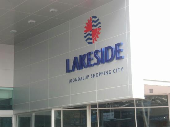 ‪Lakeside Joondalup Shopping City‬