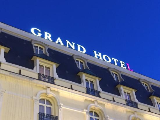 Vue de la chambre c t jardin photo de le grand hotel for Chambre 414 grand hotel cabourg