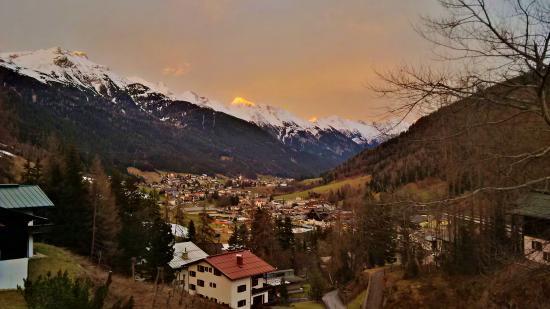 Hotel Fahrner: St. Anton View