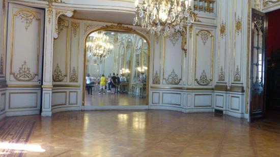 Sal n de baile picture of palacio paz buenos aires tripadvisor - Salones antiguos ...