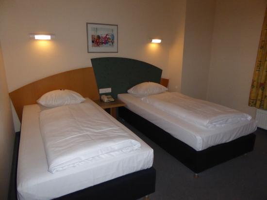 Arvena Reichsstadt Hotel: ベッド