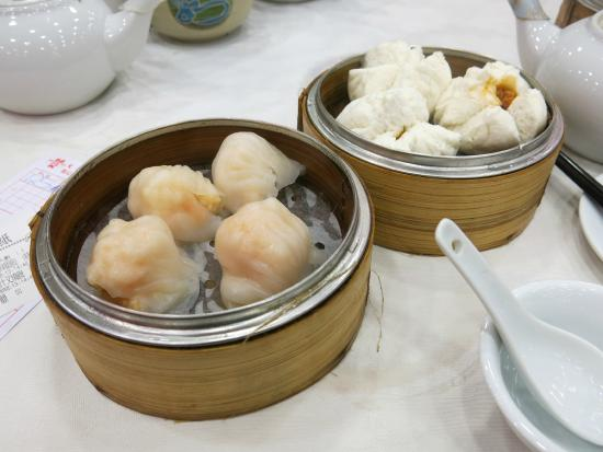 Tai Wing Wah Restaurant: Shrimp Dumplings and BBQ Steamed Buns
