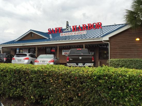 Clam chowder picture of safe harbor seafood market for Harbor fish market