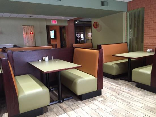 Budget Inn & Suites: Restaurant