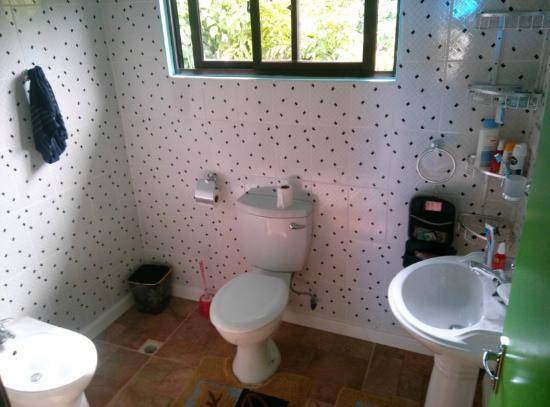 La Passe: Badezimmer im Selbstversorger-Bungalow