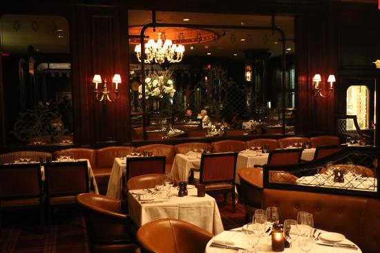 Bulls And Bears Restaurant Picture Of Waldorf Astoria New