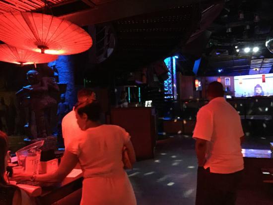 Tantra Night Club & Sanctuary: Tantra binnen 3