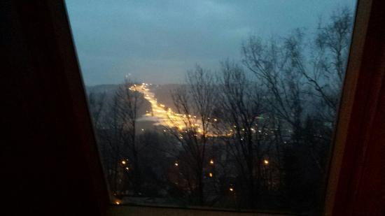 Apolonia Willa : Piekny widok z naszego okna na Szymoszkową Polanę.
