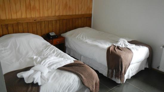 Hotel Hallef: Habitación