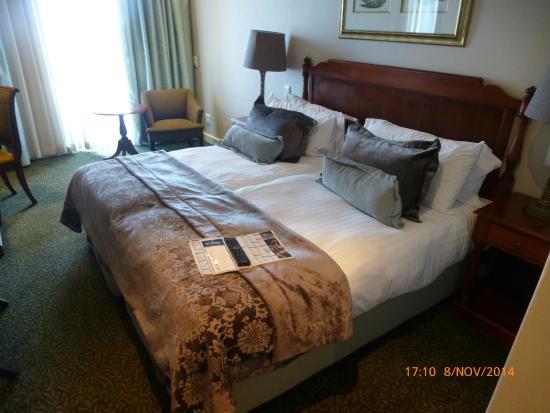 Protea Hotel by Marriott Durban Edward: Zimmer mit Einzelbetten