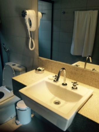 Pousada Surucua: Lavatório/banheiro