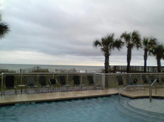 Crescent Shores: Pool