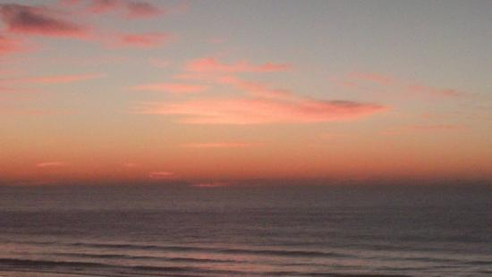 Windy Shores II: The sunrise on the last day.
