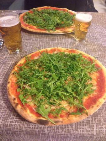 La Piazzetta: Le pizze