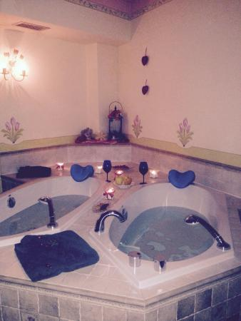 Bagno romantico di coppia - Foto di Hotel Tressane, Fiera di ...
