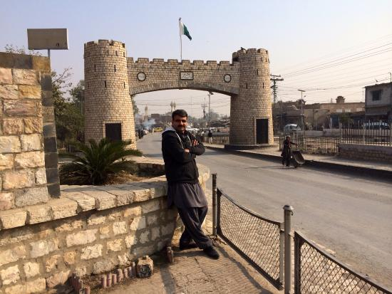 Khyber Pass: Bab e Khyber