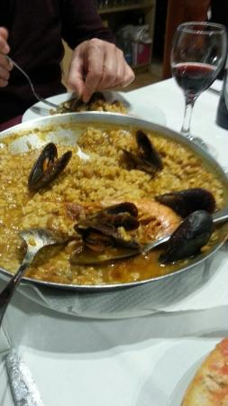 La Cococha: Consigliata dal cameriere Fabrizio...ottima