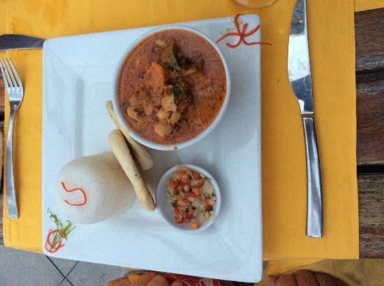 Captain's Cafe: Curry dinner