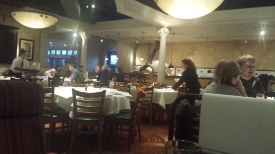 Bravo Kitchen Italiana: Inside
