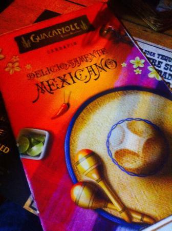 com o sombreiro mexicano - Picture of Guacamole Cocina Mexicana ... 4c3458cb5ea