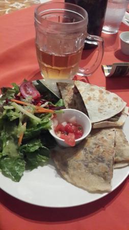 Restaurante El Garaje: Quesadillas de carne. Deliciosas.