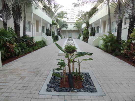 Dorchester Hotel : Vue suites patio intérieur