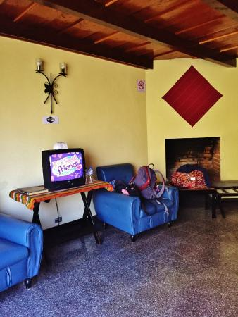 Hotel Cacique Inn: Spacious room for two!