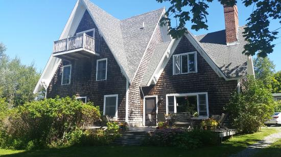 Bass Harbor Inn: front of B7B