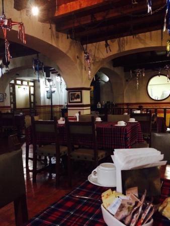 Socavon: El restaurante