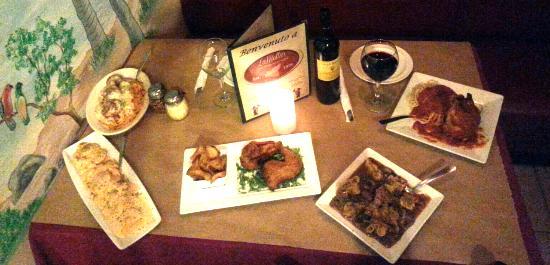 LaMotta's Italian Restaurant & Pizzeria: Our Family Dinner