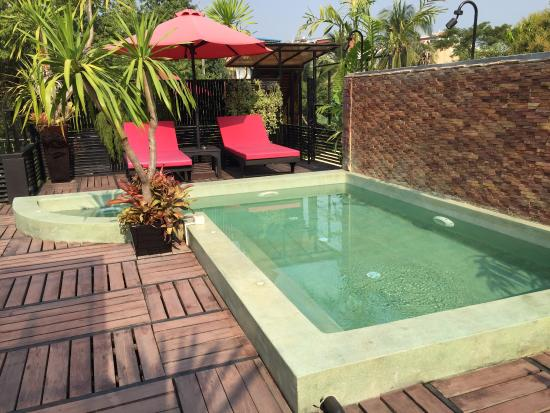 piscine privative sur le toit de la villa splendide photo de de sarann villa siem reap. Black Bedroom Furniture Sets. Home Design Ideas