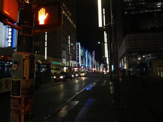 Granville Street Mall/Granville Street: 夜