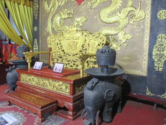 Tongli Pearl Tower: Beauty in Chen Family home on way to Pearl Tower