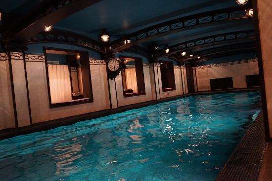 La piscine picture of hotel costes paris tripadvisor for Piscine hotel paris