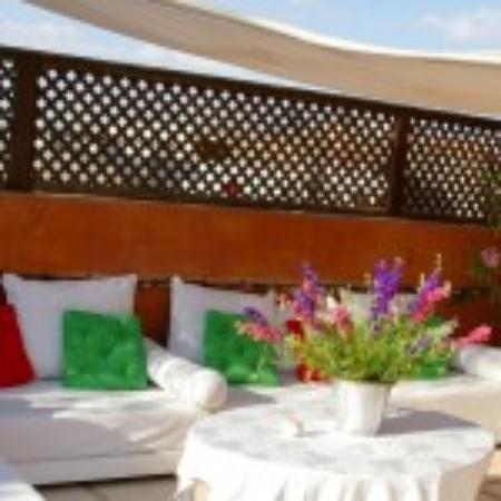 Riad La Fontaine des Anges : Terrasse