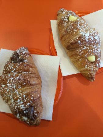 MOULIN DE PAIOU: Croissant nocciola e crema